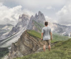 9_climbing-o-THE-BEST-TOP-RATED-NEWSPAPER-BLOG-MAGAZINE-THEME-envato