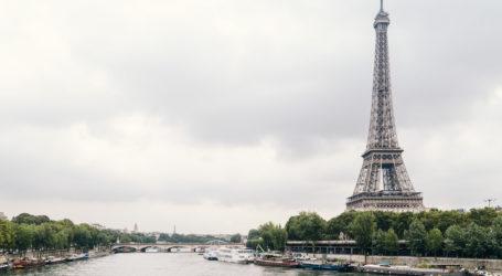 Romantic Paris: fashion and lights